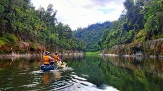 Un râu sacru din Noua Zeelandă primește statut de... OM