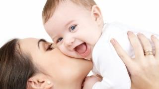 Vești bune pentru părinți! Stimulentul de inserție se majorează! Vezi de când!