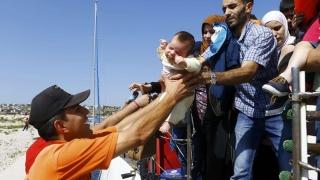 Voluntarii din insulele elene care au salvat refugiaţi, propuşi la Premiul Nobel pentru Pace