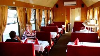 Vrei o experiență de neuitat? Închiriază-ți propriul tren!