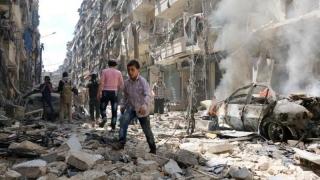 Zeci de morți în raiduri aeriene ruse și siriene la Alep