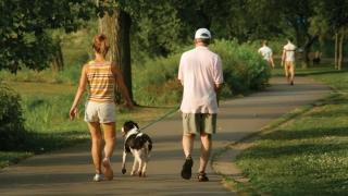Zgonea se plimbă în parc cu soția și cu... ofițerii SPP