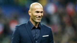 Zidane, ovaționat de fani