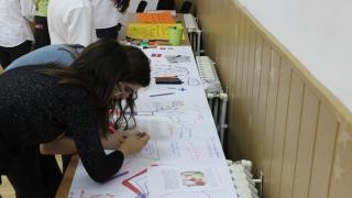 """Ziua Europeană a Limbilor Străine, sărbătorită la Colegiul """"Carol I"""""""