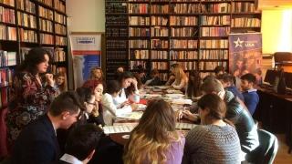 """Ziua Internațională a Femeii la American Corner de la """"Ovidius"""""""