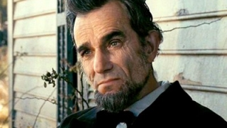 Actorul britanic Daniel Day-Lewis, interpret de excepție al lui Lincoln, împlinește 60 de ani