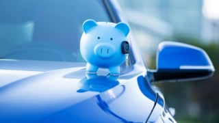 Vești bune pentru șoferi: tarifele RCA s-au redus aproape la jumătate
