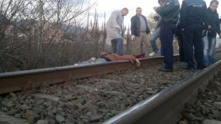 Anchetă la Constanța. Bărbat găsit mort pe calea ferată!