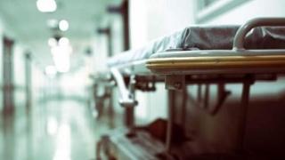 Tânăr de 34 de ani, UCIS! Totalul deceselor de gripă: 112!