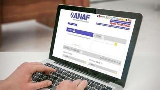 """Românii s-au """"înghesuit"""" să depună declarația unică online"""