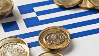Deficitul de cont curent al Greciei s-a adâncit