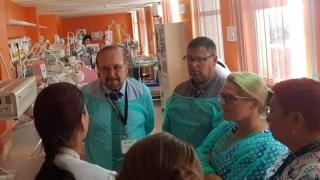 Specialiști americani în neonatologie, în vizită la Spitalul Județean Constanța