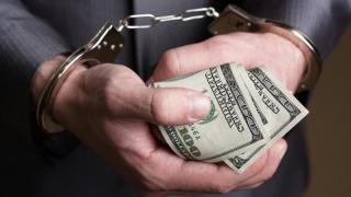 Deputații juriști s-au sucit! Nu mai vor închisoare de wekend pentru corupți!