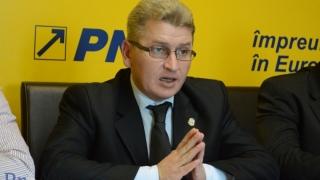 Deputatul PNL Florin Roman a intrat în greva foamei la Parlament