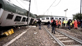 Accident cumplit! Peste 100 de victime după deraierea unui tren
