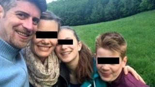 Detalii şoc în cazul unei triple crime! Criminalul şi-a făcut selfie cu cadavrele
