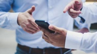 Dezvoltare aplicații mobile – de ce te interesează