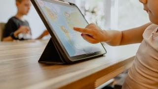 A început distribuirea tabletelor în județul Constanța