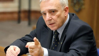 Fluctuația dobânzilor, obsesia românului