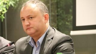 Dodon, SUSPENDAT! Cine este preşedintele R. Moldova?