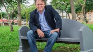 Fiul lui Ion Dolănescu, ales deputat în Costa Rica