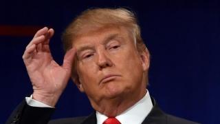 Trump l-a concendiat pe Procurorul General pentru că a refuzat să apere decretul antiimigrație