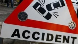 Două accidente rutiere în localitatea Poarta Albă, unul după altul