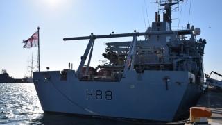 Două grupări navale NATO desfășoară misiuni în Marea Neagră
