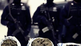 Aproape 2,5 kilograme de droguri, confiscate în luna februarie