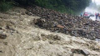 Unul dintre cele mai importante drumuri din România, blocat