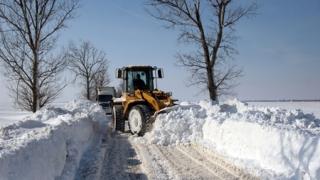 În Buzău nu mai sunt drumuri blocate