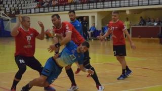 Dinamo şi Minaur sunt neînvinse, HCDS a ajuns pe locul 12