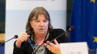 Alegeri fără euro-candidați și referendum cu miză strict electorală