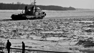 Închiderea circulației pe Dunăre provoacă pagube importante transportatorilor fluviali