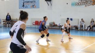 Echipele constănțene de volei joacă pe teren propriu