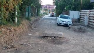 E de ORC - Iubim Primăria Constanţa! Cum se asfaltează în Baba Novac