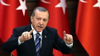 Erdogan: Decizia CEJ privind interzicerea vălului islamic la birou va duce la un conflict religios