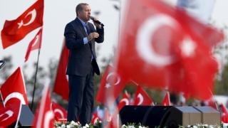 Erdogan anunță continuarea operațiunilor militare de la graniță