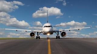 Companiile aeriene cu sediul în Marea Britanie, îndemnate să se mute în UE