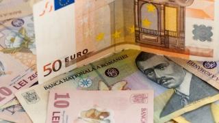 Cursul interbancar a deschis săptămâna pe creştere, la 4,65 lei/euro
