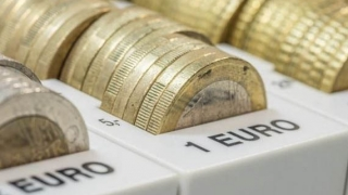 Ascensiunea monedei euro: peste 4,57 lei, în linie cu tendinţa regională