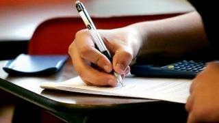 Evaluare Naţională la clasa a VI-a 2017. Elevii dau examen la matematică