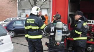 11 locuinţe din Constanţa, afectate de o explozie