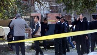Explozie într-o biserică din Egipt. Mai multe persoane au decedat