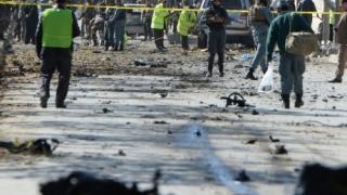 Din nou, la Kabul, atentat terorist. Zeci de morți și de răniți