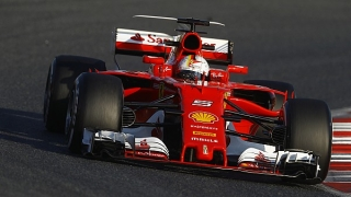 Sebastian Vettel, cel mai rapid în  testele de joi de la Barcelona