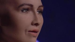 """Sophia, primul robot cu cetăţenie din lume, vrea acum """"copii"""""""