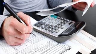 Set de facilităţi pentru datornicii la Fisc. Cine beneficiază