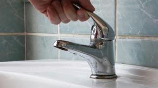 Unii locuitori din Eforie Nord, afectați de lipsa apei potabile