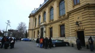 Profesori suspectați de corupție! Percheziții în campusul Universității de Medicină din București